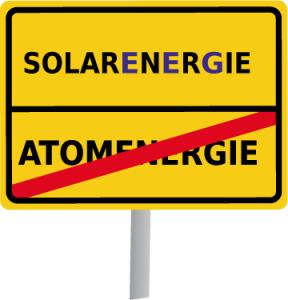 """Ein Schild mit der Aufschrift """"Solarenergie"""""""