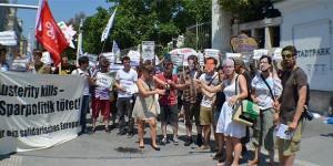 Proteste vor dem Stadtpark, Foto: SJ