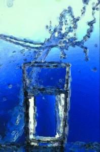 Rückstände von Keimen, Pestiziden und Uran in unserem Mineralwasser