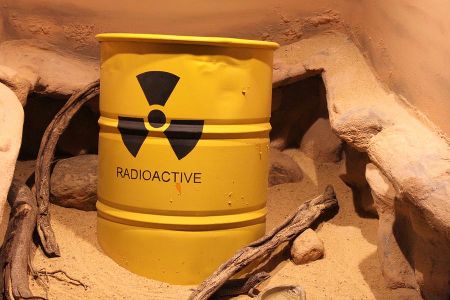 """""""Atomic Africa"""" – Uranbergbau, Atomindustrie & Widerstand in Afrika – und notfalls mit Gewalt"""