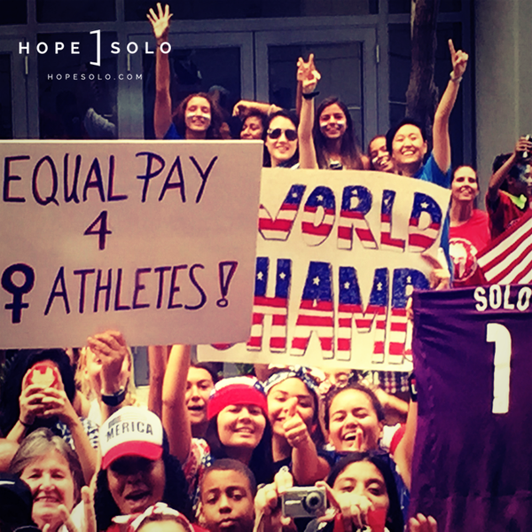 #Equal Pay – FIFA Siegesprämie: Weltmeisterinnen $2 Millionen – Weltmeister $35 Millionen