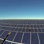 Die erste Solarstraße der Welt und warum die Förderung der Erneuerbaren Energien eingestellt wurde - David Suzuki: How Biomimicry Can Save Us