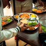 Erster Schulbezirk in den USA bietet 100% biologische Mahlzeiten – America's First School District to Serve 100 % Organic Meals