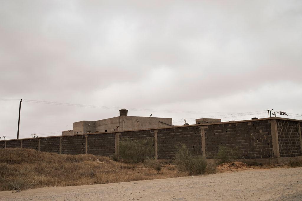 Eine Außenansicht des Zawiya Haftanstalt in der Nähe von Tripolis, der Hauptstadt von Libyen. Foto: UNICEF / Alessio Romenzi