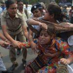 """Indien: Frauenministerin will Frauen vor ihren """"Hormonausbrüchen"""" schützen, anstatt vor Vergewaltigern - barbarische Vergewaltigungen von Waisen!"""