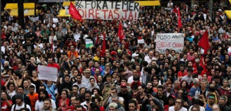 Am 05.September protestieren über 100 Tausend in Sao Paulo gegen President Michel Temer