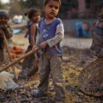 """Kinder sind """"billig"""" und ihren Peinigern schutzlos ausgeliefert! Kinderprostitution, Kinderhandel, Kindersoldaten, Kinderarbeit"""