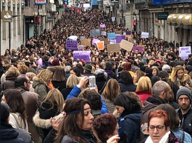 """Weltweiter Streik der Frauen – """"Wenn wir aufhören, hört die Welt auf """" Millionen Frauen legen Spanien lahm! – If women stop, the world stops!- Millions of Women Strike in Spain"""