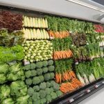 Was geschähe, wenn alle Menschen plötzlich Vegetarier würden? What would happen if the world suddenly went vegetarian?