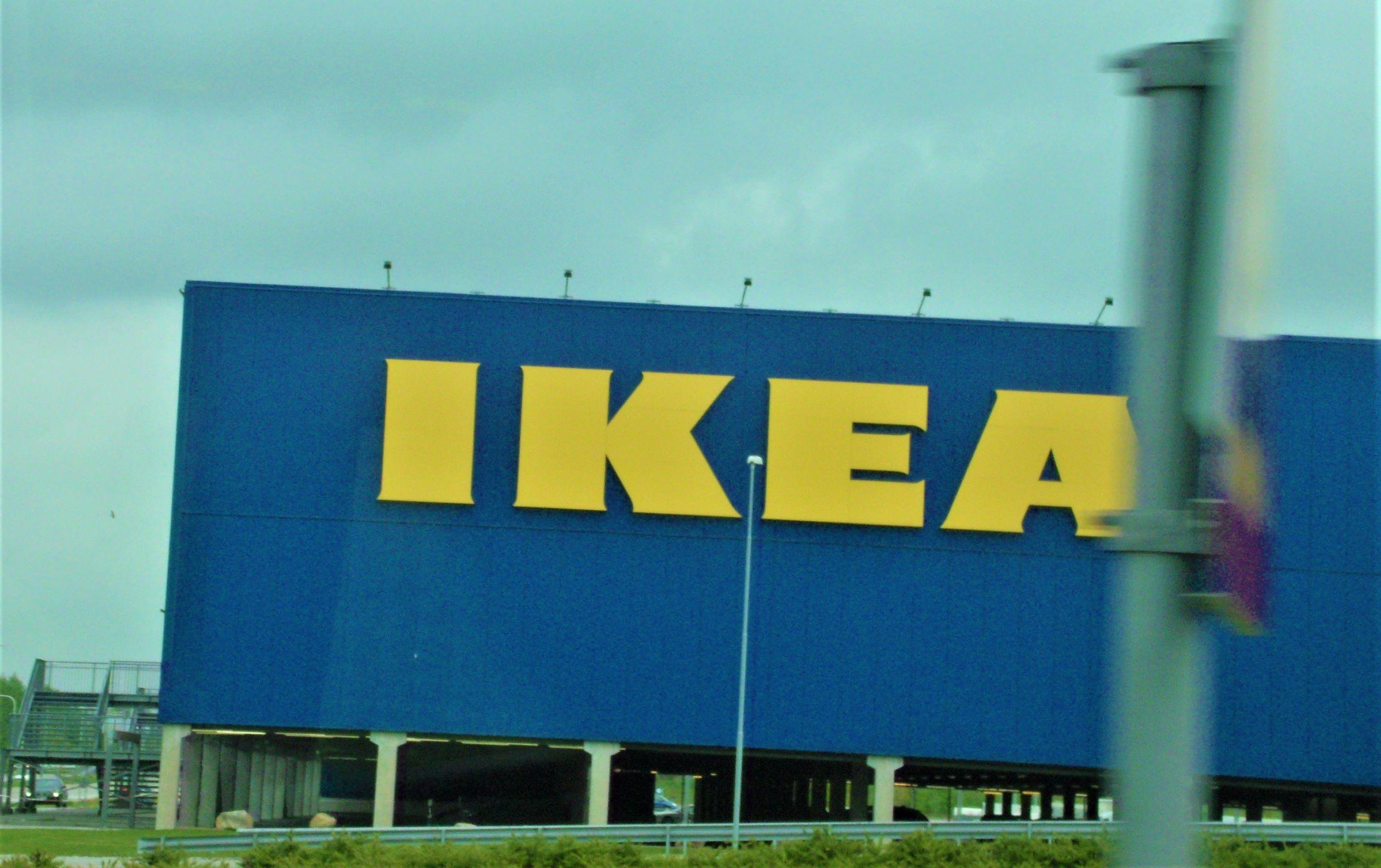 2732b16751 Ikeas Bedarf an Holz ist geradezu gigantisch und auch vor Urwäldern macht  IKEA nicht halt! Was versteht IKEA unter Nachhaltigkeit?