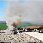 Feuer in Mega-Zuchtanlage mit 60.000 Schweinen - 2000 Ferkel verendet!