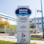 Nestlé in Vittel kontrolliert Wasser, Politik und Menschen! Bauern in Frankreich dürfen kein Wasser aus ihrem Land nutzen, da es Nestlé gehört!