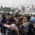 Chinesisches Umerziehungslager -systematisch entmenschlicht, gedemütigt und einer Gehirnwäsche unterzogen- 'Our souls are dead': how I survived a Chinese 're-education' camp for Uighurs
