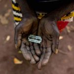 Das kenianische Gericht bestätigt das Verbot der Genitalverstümmelung von Frauen- Kenyan court upholds ban on female genital mutilation