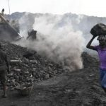 Größter Klimakiller, trotzdem planen Produzenten von Kohle weltweit mehr als 400 neue Minen- Coal is the main offender for global warming-World's coal producers now planning more than 400 new mines